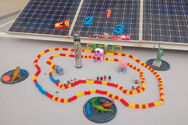 t-race circuito de carreras con otros juguetes